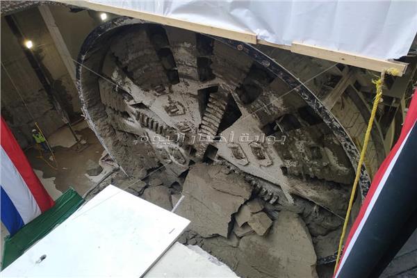 أول صور لمكينة الحفر بعد وصولها محطة مترو ماسبيرو