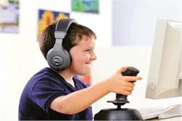الألعاب الإلكترونية خطر يداهم الأطفال