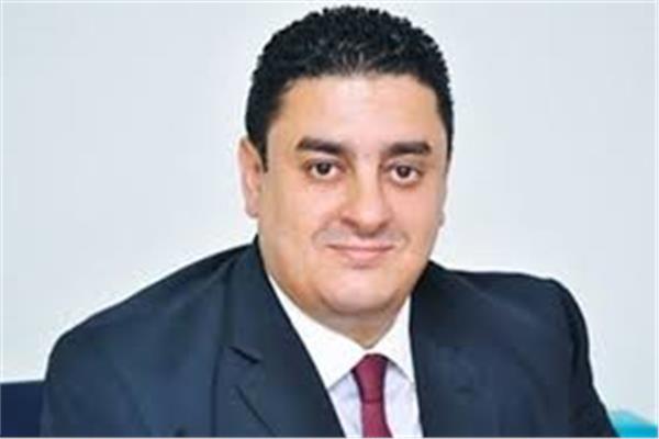 محمد سمير، الخبير المصرفي والمتخصص في التمويل العقاري