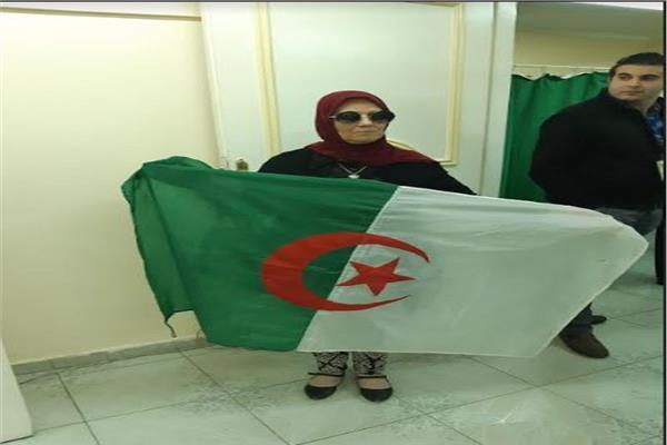 الجاليات الجزائرية
