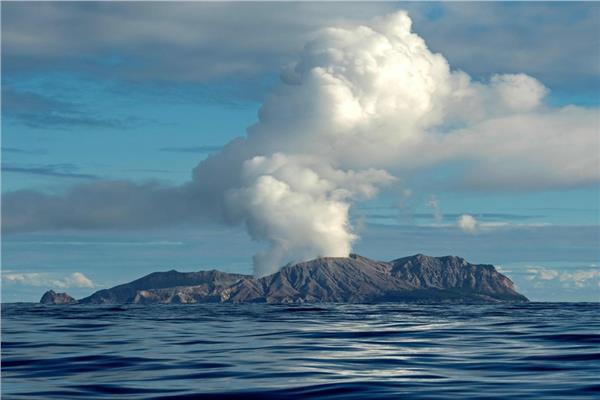 بركان وايت آيلاند