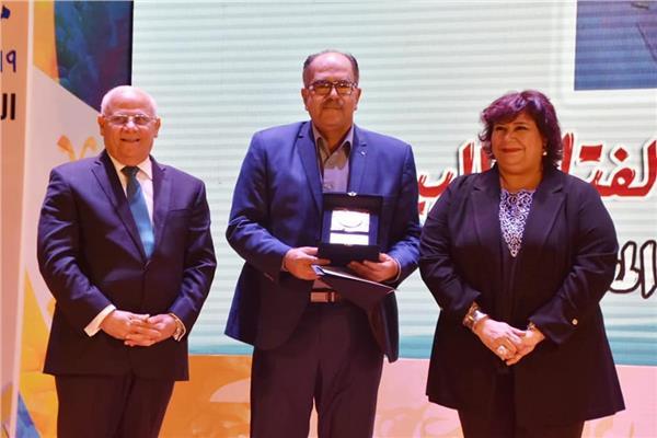 وزير الثقافة مع ٣٥٠ من ادباء مصر فى بورسعيد