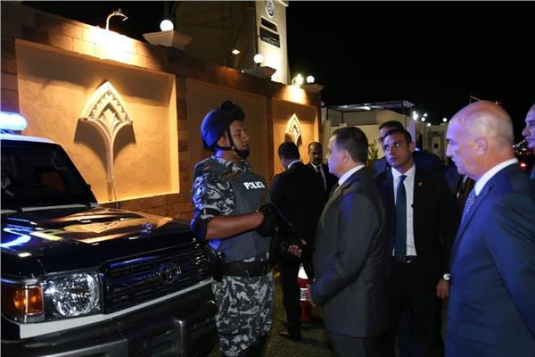 وزير الداخلية في جولة لاسوان