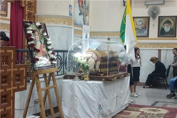 كنيسة العذراء عزبه النخل تستقبل رفات القديسة تريزا