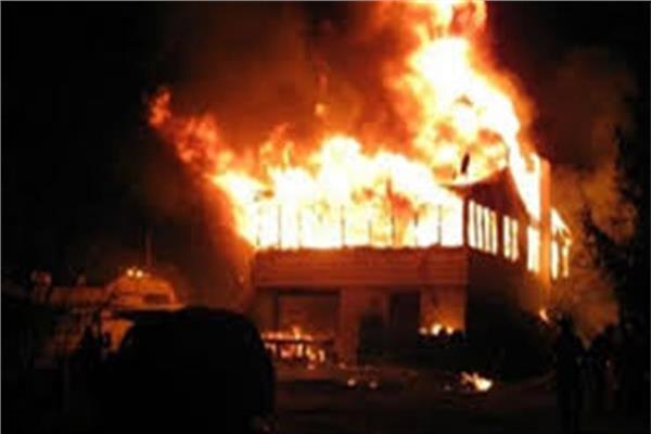 حريق هائل بمصنع