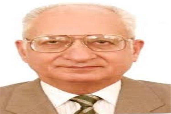 الدكتور محمود فهمي حجازي
