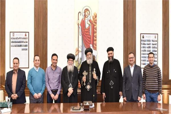 """البابا تواضروس يجتمع بمحرري """"الكرازة"""""""