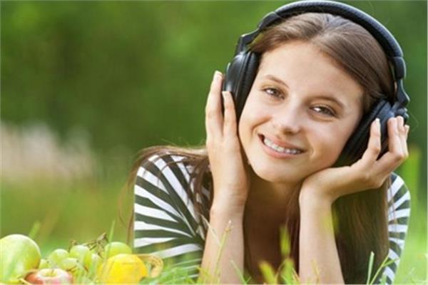 78 دقيقة من الموسيقى يوميا.. مفتاح الحفاظ على حياة صحية