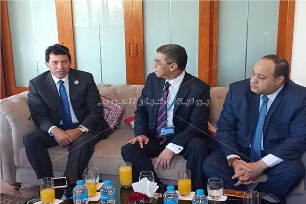 ياسر رزق يلتقي وزير الشباب والرياضة