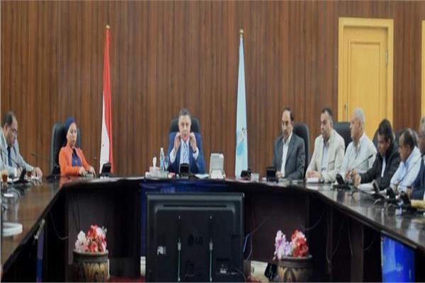 لجنة التفتيش على المحال العامة بالغردقة