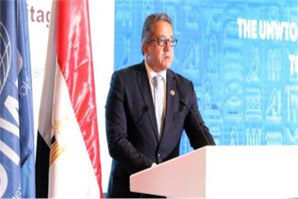 د.خالد العناني وزير السياحة والآثار