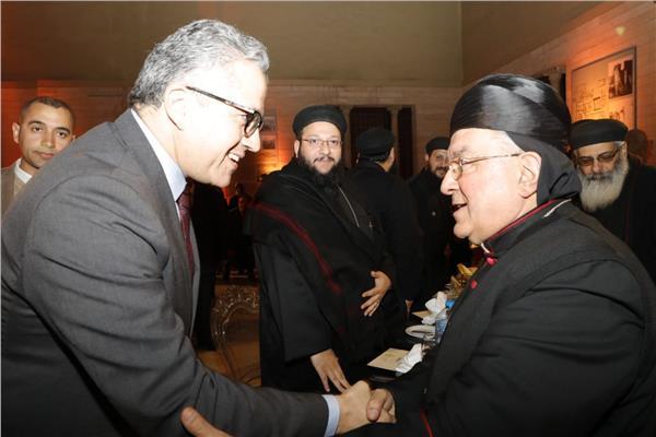 لقاء وزير السياحة والآثار بالوفد الكنسى للجمعية الوطنية للحج المسيحى بفرنسا