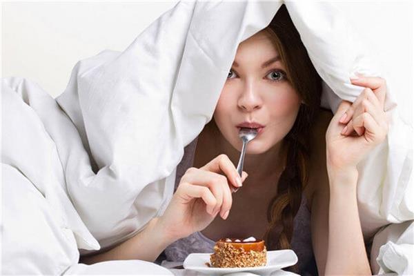 5 أسباب وراء زيادة الوزن في فصل الشتاء