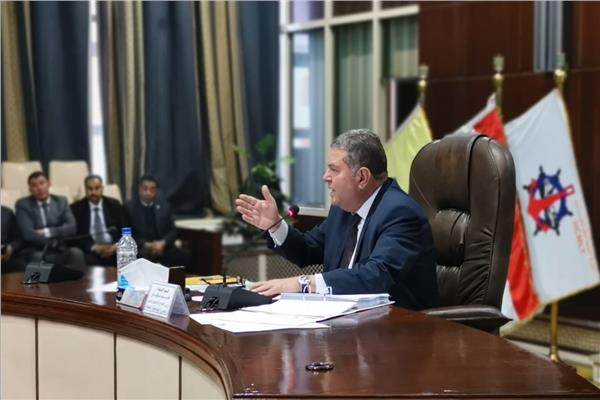 هشام توفيق يترأس أعمال الجمعية العامة للشركة القابضة للسياحة