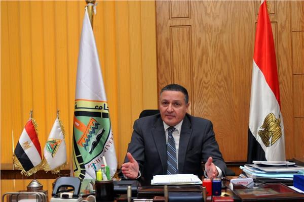 الدكتور جمال السعيد  رئيس جامعة بنها