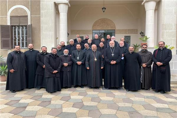 بطريرك الأقباط الكاثوليك يجتمع بكهنة الايبارشية البطريركية