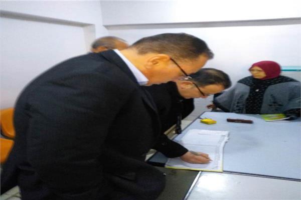 إحالة 20 من العاملين بوحدة صحية في الشرقية للتحقيق