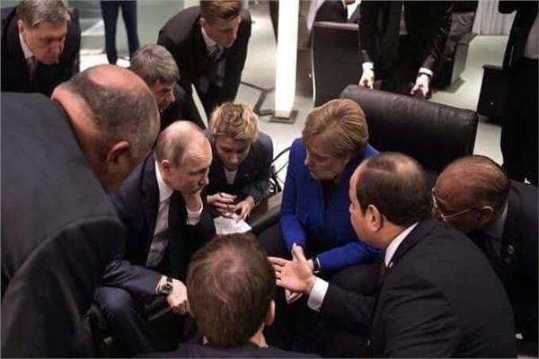 الرئيس مع زعماء العالم