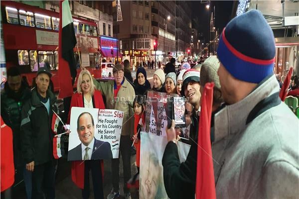 الجالية المصرية في لندن تستقبل الرئيس السيسي