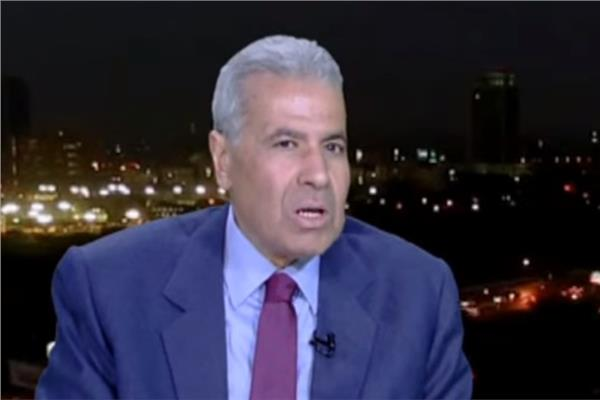 الكاتب الصحفي أشرف العشري