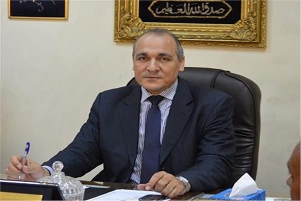 محمد عطية وكيل أول الوزارة