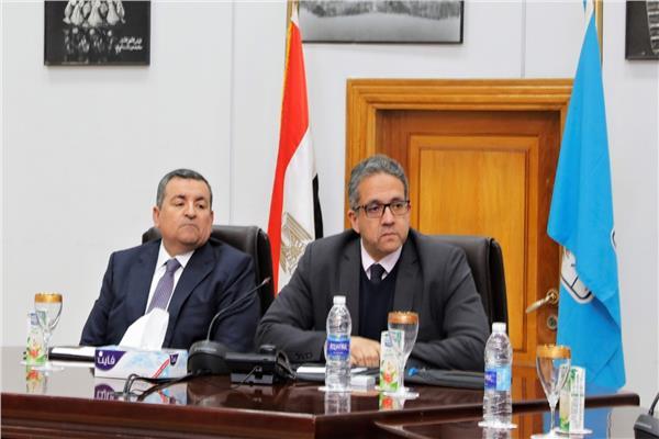 وزير السياحة والآثار ووزير الدولة للإعلام