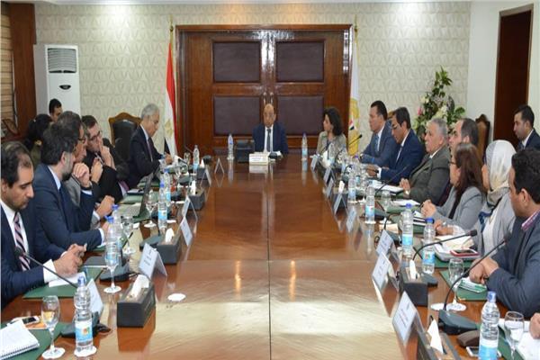 وزير التنمية المحلية يعقد اجتماعا مع البنك الدولي لتقيم برنامج تنمية الصعيد