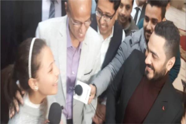 تامر حسني وهايدي محمد