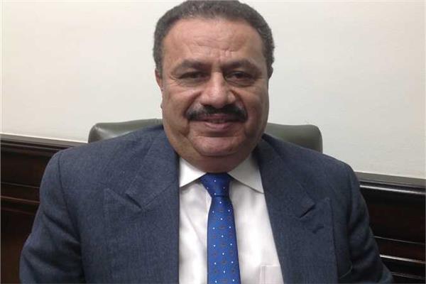 """""""رضا عبد القادر """" رئيس مصلحة الضرائب المصرية"""