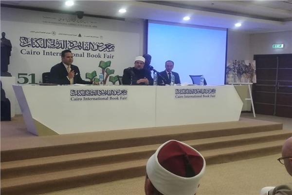 دكتور هيثم الحاج علي رئيس الهيئة المصرية العامة للكتاب