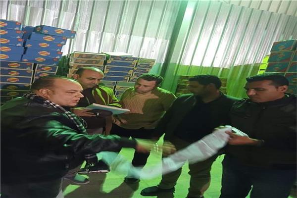 ضبط ٦٣٠ كرتونة شيبسي منتهية الصلاحية وغير صالحة للاستهلاك الآدمي بشرم الشيخ