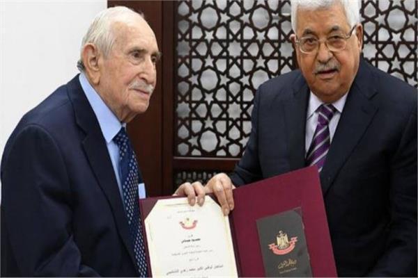 محمود عباس وزهدي النشاشيبي