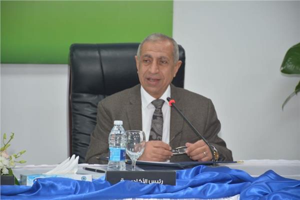 رئيس الأكاديمية العربية