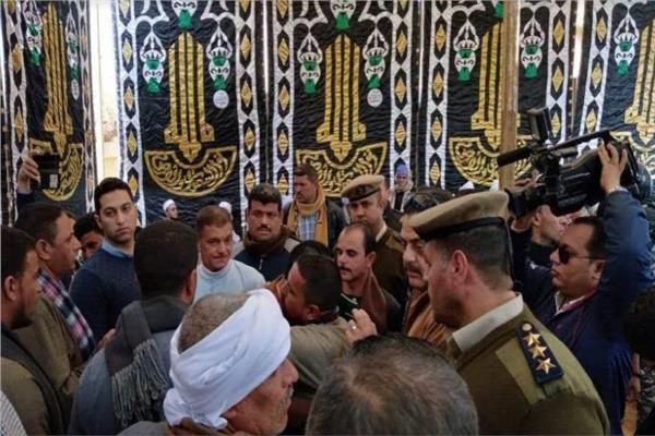 """الكفن ينهي صلح عائلتي أولاد """"عثمان وسليم"""" بالمنيا"""