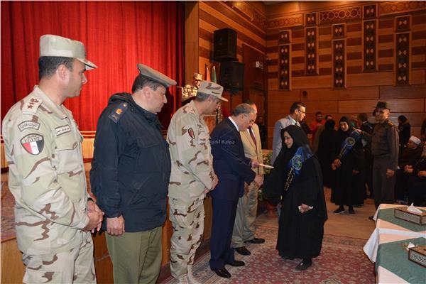 محافظ المنيا يشهد احتفالية جمعية المحاربين القدماء بيوم الشهيد