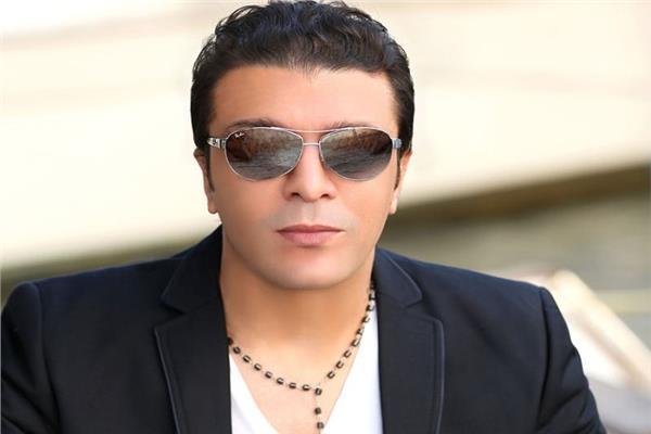 الفنان مصطفى كامل  نقيب المهن الموسيقية السابق