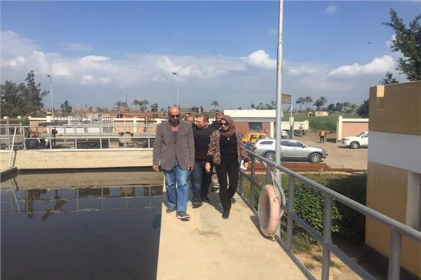 نائب المحافظ تتفقد مشروعات محطات المياه والصرف الصحى بمدينة طوخ