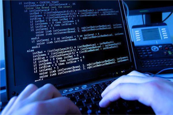 صورة موضوعية عن سرقة الحسابات البنكية