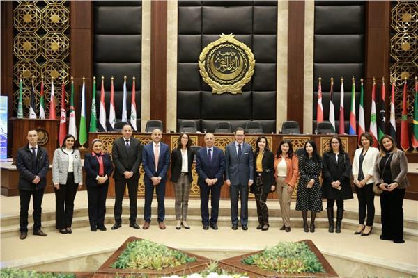 السفير الفرنسي بمصر نسعى لتفعيل برامج لتعليم الطلاب الفرنسين  اللغه العربيه