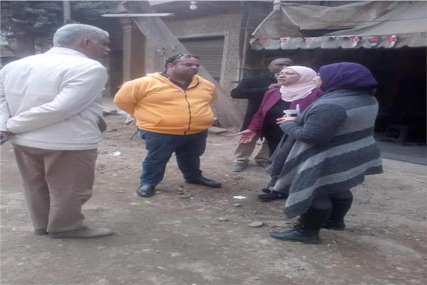 نائبة محافظ القاهرة خلال الجولة