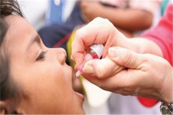 تطعيم ضد مرض شلل الأطفال للمصريين