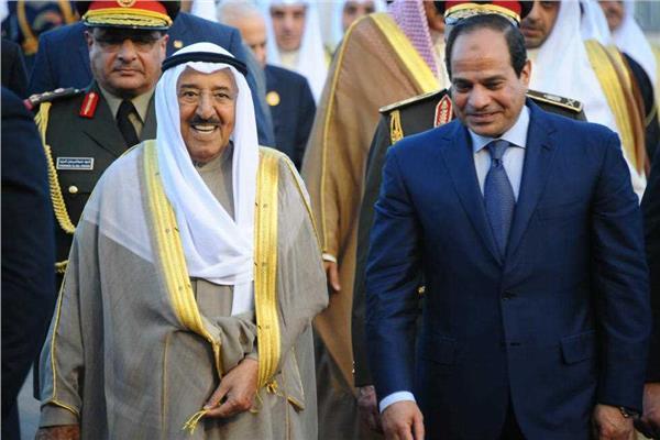 الرئيس السيسي يهنئ أمير الكويت بالعيد الوطني
