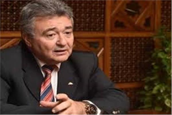 النائب عمرو صدقى رئيس لجنة السياحة