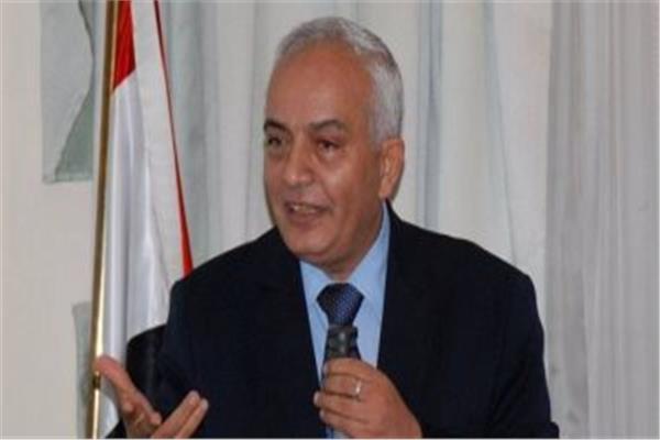 الدكتور رضا حجازي، نائب الوزير لشئون المعلمين