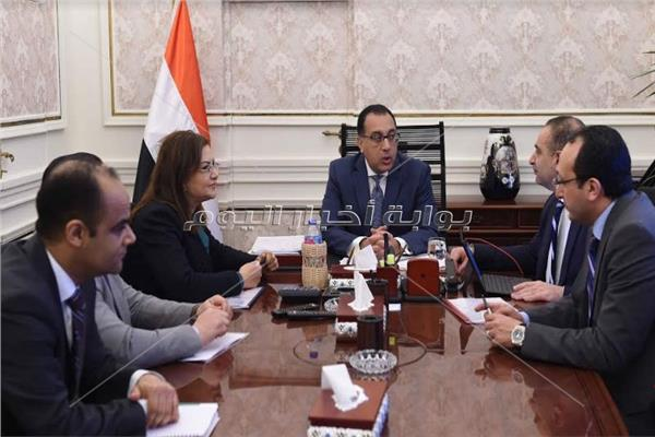رئيس مجلس الوزراء خلال الاجتماع - تصوير: أشرف شحاتة