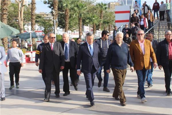 رئيس الزمالك يرحب بوفد الترجي التونسي