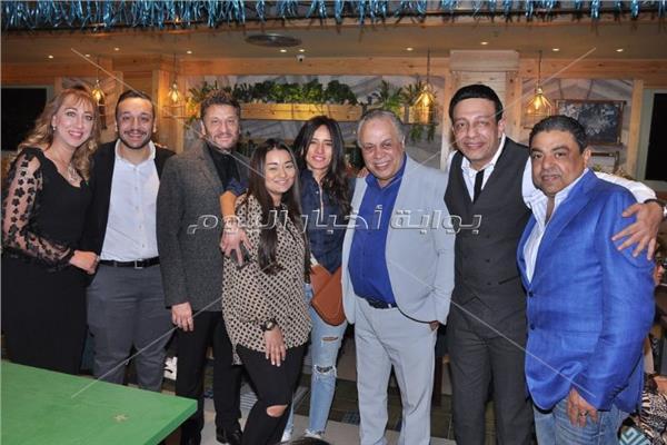 افتتاح مطعم أشرف زكي