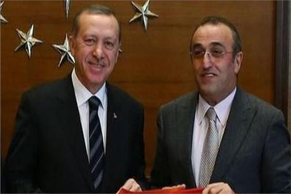 رئيس نادى جالطا سراى التركي، مصطفى جنكيز