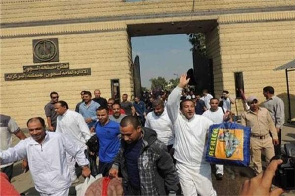 «السجون» تعلن الإفراج عن 392 نزيلا