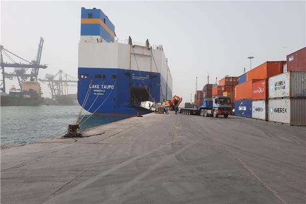 رغم إجراءات كورونا.. 65 سفينة بضائع تصل ميناء الإسكندرية